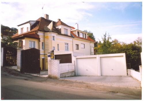 Foto - Ubytování v Praze 6 - Pension UBM