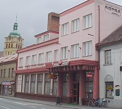Foto - Ubytování v Chlumci nad Cidlinou - Hotel Astra