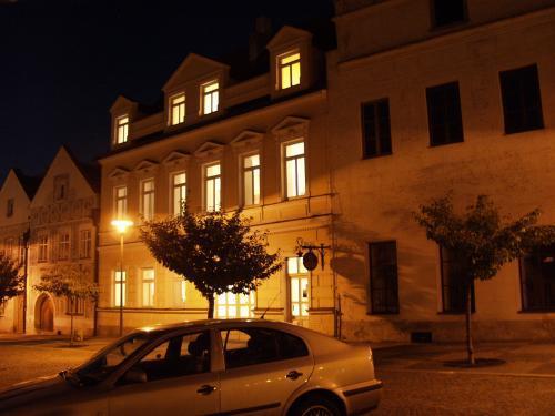 Foto - Ubytování ve Slavonicích - Hotel Dům u růže***