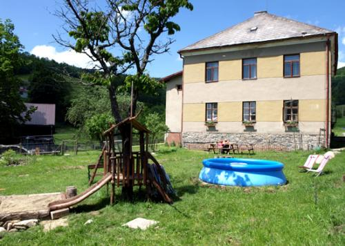 Foto - Ubytování ve Starém Městě pod Sněžníkem - CHATA STARÁ ŠKOLA KUNČICE