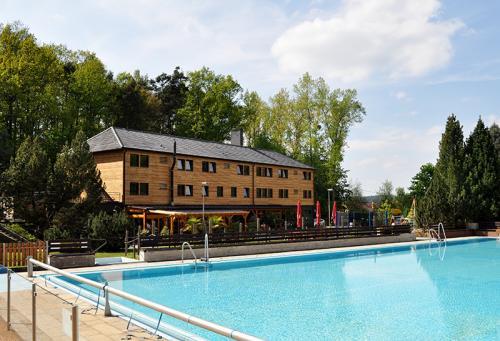 Foto - Ubytování v Hluboké nad Vltavou - Sporthotel Barborka