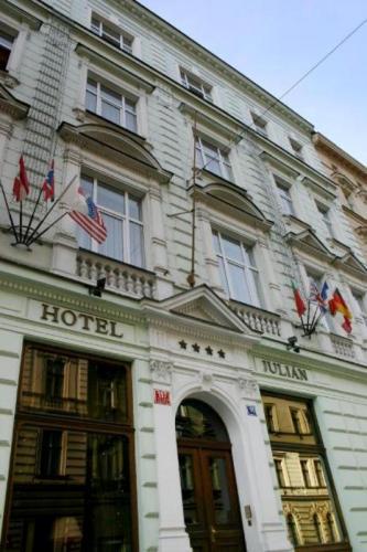 Foto - Ubytování v Praze 5 - HOTEL JULIAN