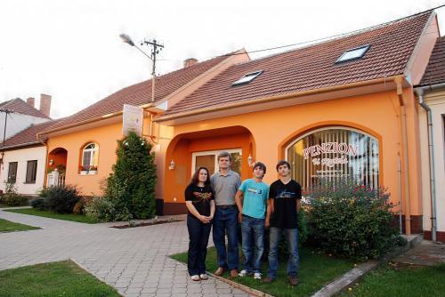 Foto - Ubytování  - Penzion U Kostela