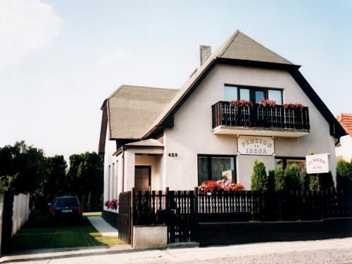 Foto - Ubytování v Unhošti - Pension Irena