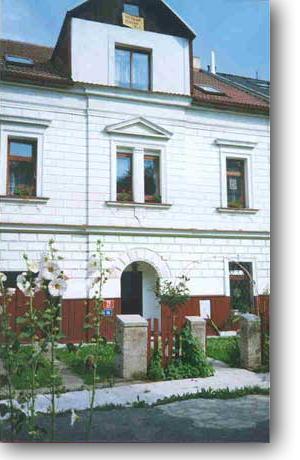 Foto - Ubytování v Praze 9 - Pension EaJ